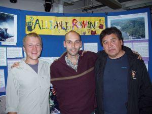 Steve Leckman, Chris Scott et Freddy Jolly à Matagami au commencement du marathon